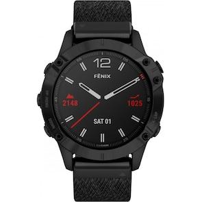 Garmin Fenix 6 Pro Sapphire Revêtement en carbone amorphe noir avec bracelet en nylon noir chiné