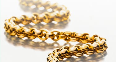 Goldschmuck in Gelbgold